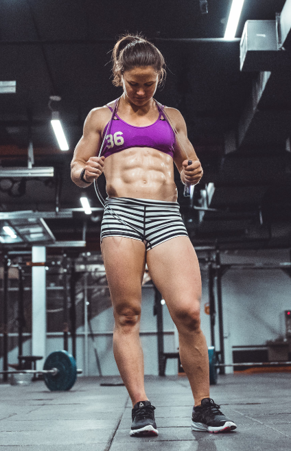 Kari Pearce, 5X CrossFit Games Competitor, Fittest Woman in the US 2018 & 2019